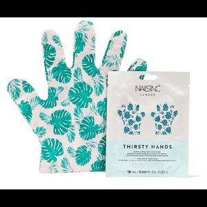 Nails. Inc Thirsty Hands Super Hydrating Hand Mask